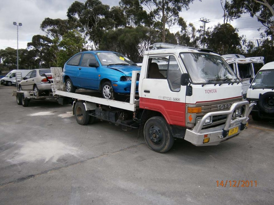 junk-car-removal-Auckland-flyer